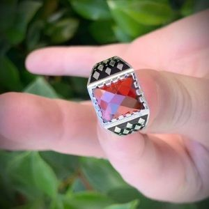 Size 11 Solid 925 Silver UNISEX RING Gold Garnet